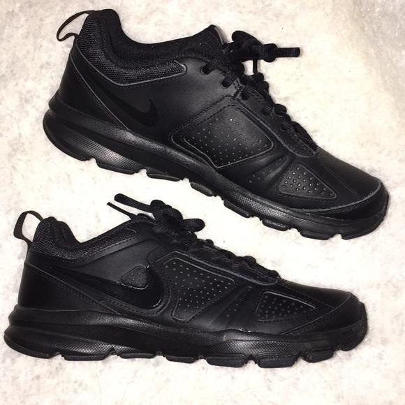 Nike Shoes | Nike Black Slip Resistant